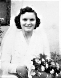 t Tenzi u Pitt young bride